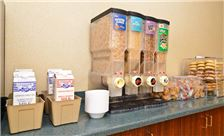 Philadelphia Airport Hotel Services - Breakfast Bar