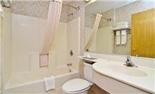 Philadelphia Airport Hotel Services - Bathroom