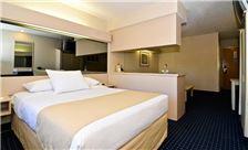 Philadelphia Airport Hotel Room - Suite