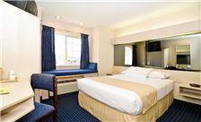 Philadelphia Airport Hotel Room - Single Bed